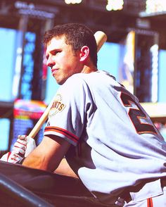 BUSTER POSEY LOOKING SEXY AS ALWAYS
