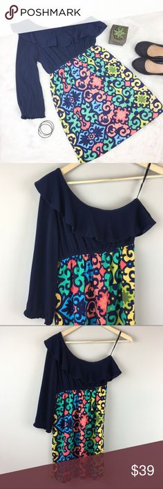 Judith March One Shoulder Dress Judith March one shoulder mini dress. Size small. Approximate measurements flat laid are 32' long, 16' bust, and 21' sleeve. EUC. Perfect for summer vacation. ❌No trades ❌ Modeling ❌No PayPal or off Posh transactions ❤️ I 💕Bundles ❤️Reasonable Offers PLEASE ❤️ Judith March Dresses Mini