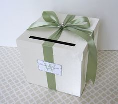 box for cards on the gift table