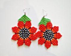 EarringsMadeForYou на Etsy Seed Bead Earrings, Beaded Earrings, Seed Beads, Crochet Earrings, Beaded Flowers, Crochet Flowers, Bead Jewellery, Beaded Jewelry, Hamsa