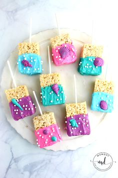 Mermaid Rice Krispie Treats Recipe, Make your own chocolate covered mermaid rice krispies perfect for a gorgeous under the sea mermaid party, EASY
