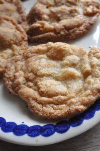 cookies med lakrids chokolade og hasselnoedder