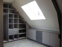 I would never have a skylight in my closet unless it was tinted like the windows in my car! Attic Bedrooms, Bedroom Loft, Loft Closet, Attic Spaces, Dressing Room, Interior Design Living Room, New Homes, House Design, Home Decor