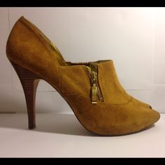 Suede brown heels by marciano Guess Gently worn  excellent condition  feel free to ask me anything  Guess Shoes Heels