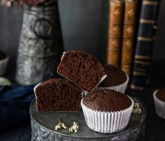 Tcharek msaker : Corne de Gazelle - La Casbah des Delices Cupcakes, Muffin, Flan, Breakfast, Desserts, Pudding Recipe, Pudding, Morning Coffee, Muffins
