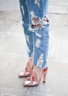 Ripped Jeans | A Blog On Life And Fashion By Photographer Sandra Semburg #