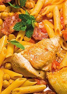 Massada de frango com tomate e grão