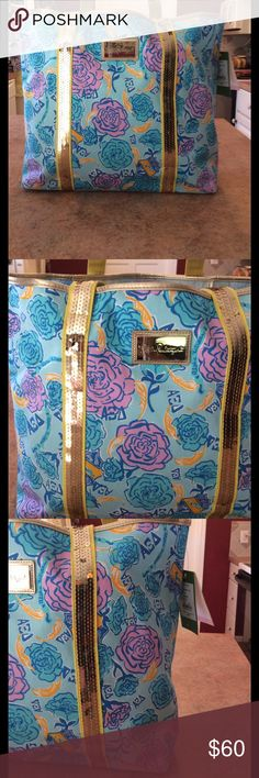 Nwt Lilly Pulitzer Sparkle Tote 👜 New with tags Lilly Pulitzer Sparkle Tote 👜 Style 43813s star fruit ye alpha xi delta -so pretty please see photos bottom has some scratches and scuffs was this way in the store Lilly Pulitzer Bags Totes
