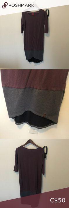 Mini street jersey knit midi dress Purple and grey mini street jersey knit cotton dress. So comfy and flattering. Size xs fits 4-6 Dresses Midi Maternity Midi Dress, Fitted Midi Dress, Midi Shirt Dress, Hoodie Dress, Pink Fur Jacket, Blue Denim Shirt, Beautiful Maxi Dresses, Combo Dress