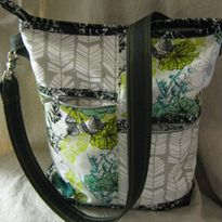 Pacific NW Messenger Bag    Tutorial: http://www.sewmamasew.com/october2014/PacificNWMessenger.pdf