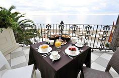 Terrace Deluxe www.grandhotelalassio.it