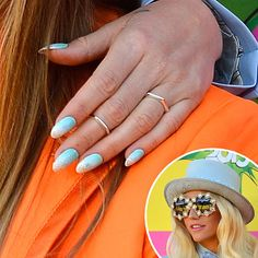 Ke$ha: A powder-blue pantsuit deserves an equally exciting manicure, and Ke$ha went with a sky-blue base with glittered tips at the Kids Choice Awards.