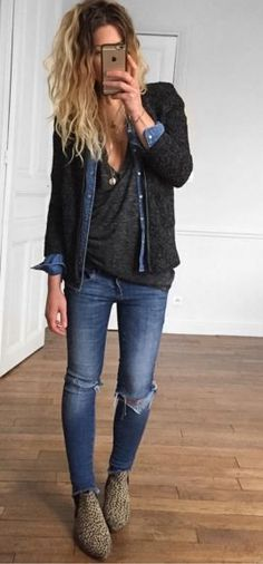 Torn jeans. Dark grey loose tee. I'd maybe like to try this layering thing. Or at least a light thin sweater