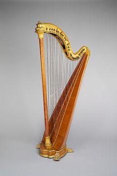 Chromatic cross-strung harp by Pleyel, Wolff, Lyon & Cie