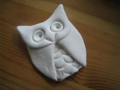 How To Make a Quick Clay Owl - My girls are going to love making these and painting them!