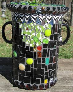 Juga by StJohnsGypsy, via Flickr #mosaic #garden