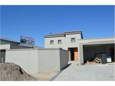 4 bedroom house in Parklands, sunningdale, Property in sunningdale -