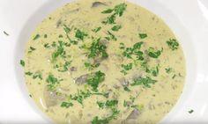 Wil jij een goed gevulde soep op tafel zetten? Maak dan eens deze heerlijke Hongaarse champignonsoep. Dit heb je ervoor nodig... Shabby Chic Kitchen, Kfc, Cheeseburger Chowder, Soup Recipes, Risotto, Food And Drink, Ethnic Recipes, Salads, Soap Recipes