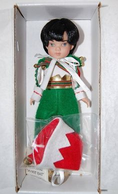 """awesome NEW Tonner BERRY eight"""" Vacation Santa's Elves Christmas Boy Doll HTF MIB Check more at https://aeoffers.com/product/baby-toys-and-games-clothing-shoes/new-tonner-berry-eight-vacation-santas-elves-christmas-boy-doll-htf-mib/"""