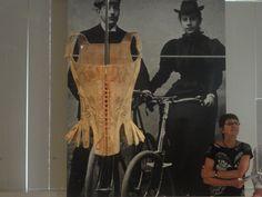 Living Fashion - MOMU - Antuérpia