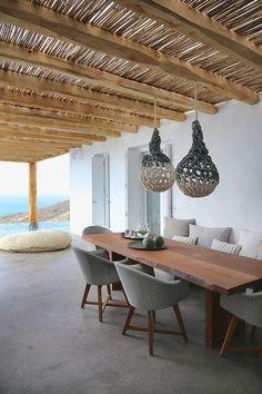 Agréables espaces extérieurs de cette maison de vacances invitant à se détendre