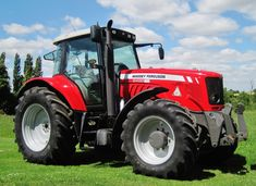 Massey Ferguson tractors for sale Tractors For Sale, Vintage Tractors, Sport, Agriculture, Awesome, Green, Cars, Tractor, Humor