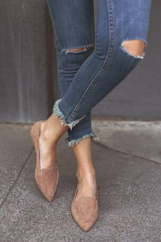 The fraye jeans and the nude suede is just too pretty!!! - EMMY CAMEL SUEDE POINTED LOAFERS