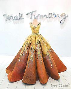 aprecieri, 24 comentarii - 𝕃💎ℕ𝔾𝕀𝕋 Mom Outfits, Pretty Outfits, Pretty Dresses, Beautiful Dresses, Amazing Dresses, Gorgeous Dress, Black Prom Dresses, Formal Dresses, Debut Gowns