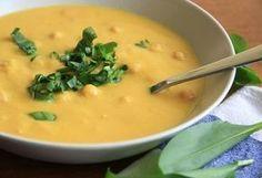 Chutná, zdravá, rýchla včera pre celú rodinu. Cícer je zdrojom železa, preto by nemal chýbať na vašom stole ani keď pripravujete zdravé recepty pre deti. Canned Meat, Cheeseburger Chowder, Thai Red Curry, Cantaloupe, Food And Drink, Veggies, Vegetarian, Menu, Baking