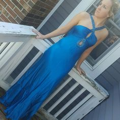 Prom dress Absolutely beautiful.  In perfect condition.  Worn once.  Needs to be steamed before worn.  All beads are intact.  Needs to go!! Aidan Mattox Dresses Prom