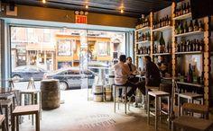 Biergartens bavarois, boutiques à bières ou brasseries branchées: voici notre sélection des 7 meilleurs bars à bière de New York, tirés de notre Guide GRATUIT, momondo places.  Téléchargez-le dés maintenant!