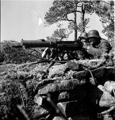 Finnish machine gun crew