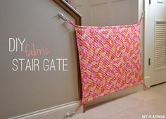 to Make a DIY Fabric Baby Gate for your Home How to DIY a fabric stair gate to keep your pets & kids away from the stairs!How to DIY a fabric stair gate to keep your pets & kids away from the stairs! Baby Gate For Stairs, Diy Baby Gate, Stair Gate, Diy Dog Gate, Diy Stair, Porch Stairs, Porch Gate, Safety Gates For Stairs, Baby Kind