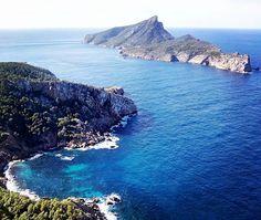 #Mallorca is your #wedding #destination. Do you need more reasons? #destinationwedding #elopement #weddingplanning #elope #romanticwedding #romantic #majorca #spain #weddingplanner