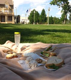 Where to picnic in Edmonton, Alberta