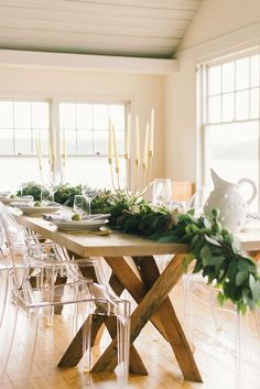 clean, contemporary tablescape inspo!