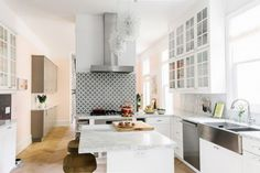 home_crush_designer_home_with_colour_and_wallpaper_6