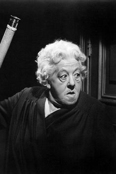 Margaret Rutherford as Miss Marple.while I prefer Joan Hickson's portrayals, I simply ADORE the few films Margaret did as Miss Marple.she was such a treasure.I could watch them for hours. She was all wrong but perfect at the same time. Margaret Rutherford, Agatha Christie, Best Mysteries, Murder Mysteries, British Comedy, British Actors, British Actresses, Mrs Marple, Detective