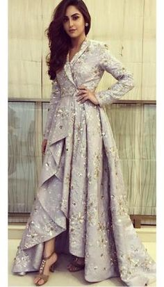 Celebrity Closet – Papa Don't Preach by Shubhika - Celebrity Closet – Papa Don't Preach by Shubhika Source by jungbluthnic - Stylish Dress Designs, Stylish Dresses, Fashion Dresses, Kurti Designs Party Wear, Lehenga Designs, Indian Designer Outfits, Designer Dresses, Indian Gowns Dresses, Indian Wedding Gowns