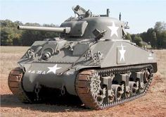 Sherman This Sherman had a welded hull. Sherman Tank, Armored Fighting Vehicle, World Of Tanks, Battle Tank, Ww2 Tanks, Big Guns, Military Equipment, American Soldiers, Panzer