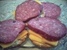 This summer sausage takes a while to make but it worth it. Salami Recipes, Meat Recipes, Cooking Recipes, Smoker Recipes, Bologna Recipes, Jerky Recipes, Homemade Summer Sausage, Summer Sausage Recipes, Recipes