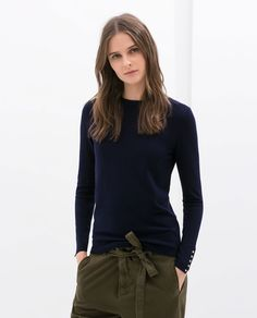 ZARA - WOMAN - SWEATER WITH BROOCHES ON THE CUFFS