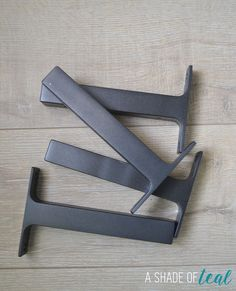 Rustic-DIY-Bookshelf-with-Ikea-Ekby-Brackets.7.jpg (729×900)