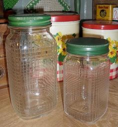 2 Glass Pantry Jars with Green Lids Vintage Canisters, Vintage Kitchenware, Vintage Bottles, Vintage Dishes, Vintage Glassware, Bottles And Jars, Glass Jars, Glass Canisters, Etched Glass