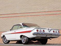 1961 chevrolet impala | 1961 Chevy Impala Ss Rear View Photo 10