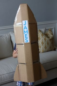 Pinned from http://blonde-designs.squarespace.com/    They say there's no need for a lot of special toys. You can make a child's imagination run wild even with the simplest of things... like a box! I love how they transformed a simple box into a rocketship! :D