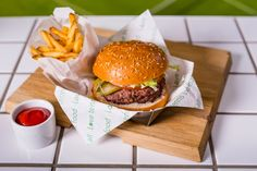 This burger from the Baseline Diner at Wimbledon is ACES.