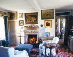 Robert Kime decorating sitting room fireplace