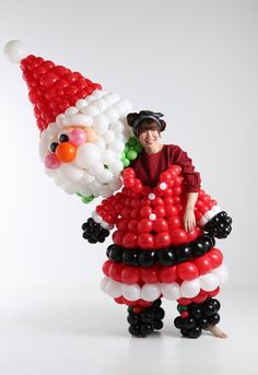 Balloon Decorations, Christmas Decorations, Christmas Balloons, Xmas Party, Office Decor, Centerpieces, Projects To Try, Birthday Cake, Picnic