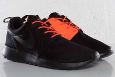 Nike Roshe Run QS Two Faced Pack
